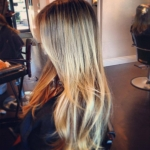 in-salon-blonde-hightlights